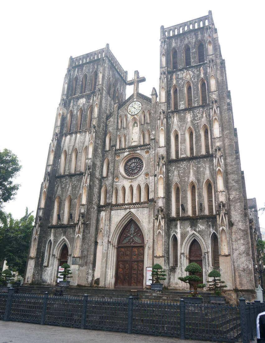 hanoi-sightseeing-spot-St.JosephCathedral