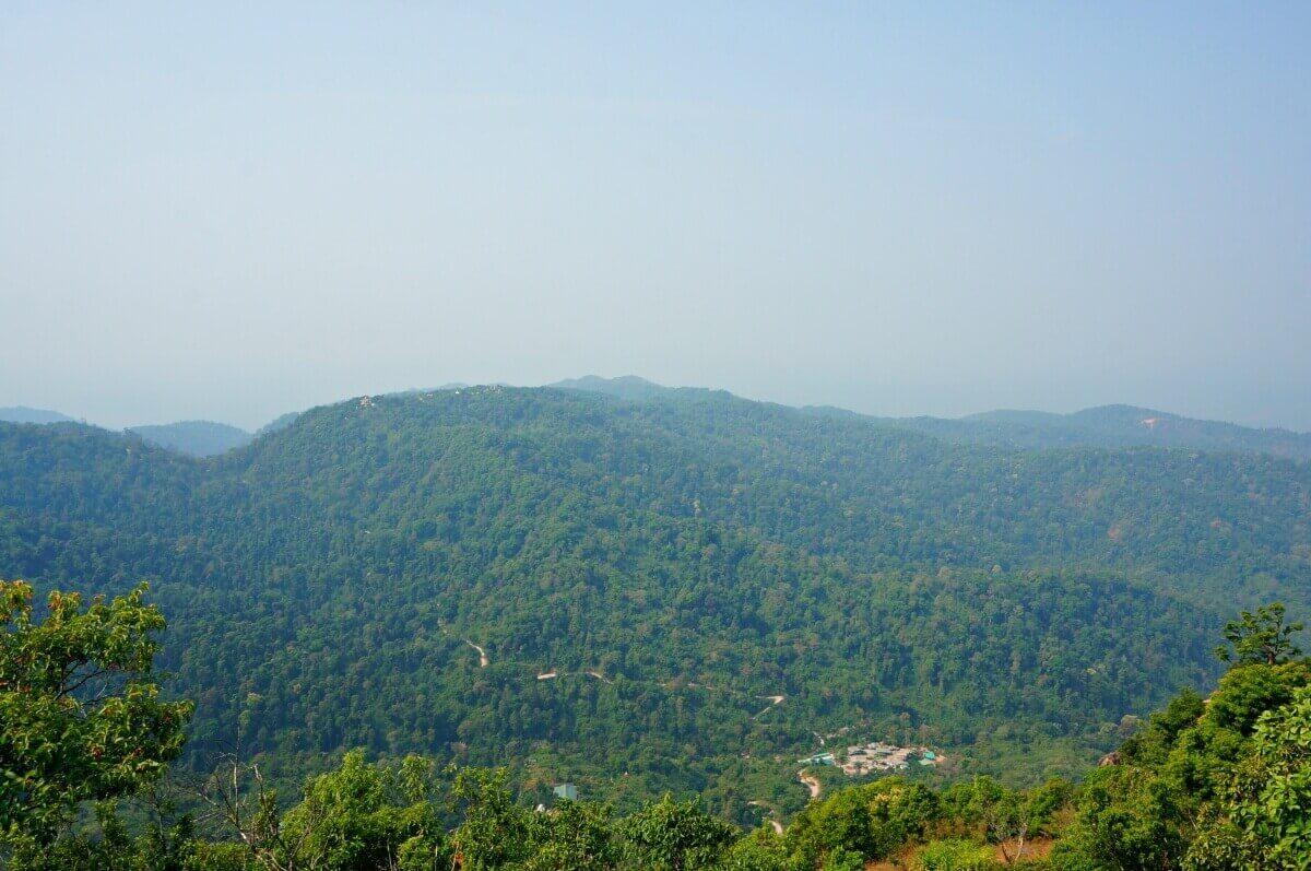 view from Kyaikhtiiyo