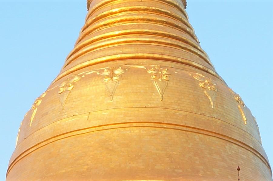Shwe dagon pagoda-アウンミエ